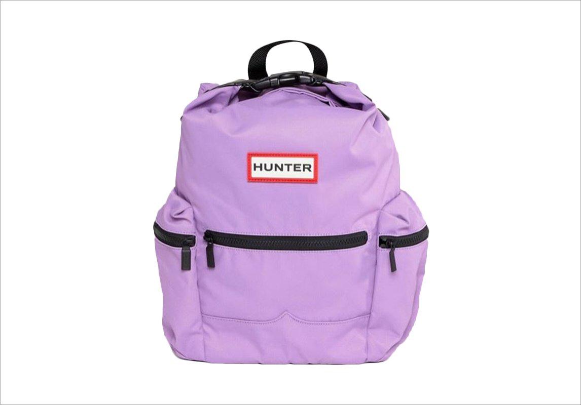 cb527cb7de634 مجلة زهرة السوسن - 25 حقيبة لكل شابّة على وشك أن تعود إلى المدرسة أو ...